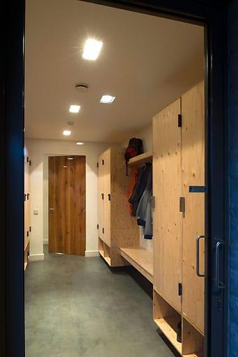Arredamento casa legno olanda tilburg piet hein eek 3 for Arredamento casa legno