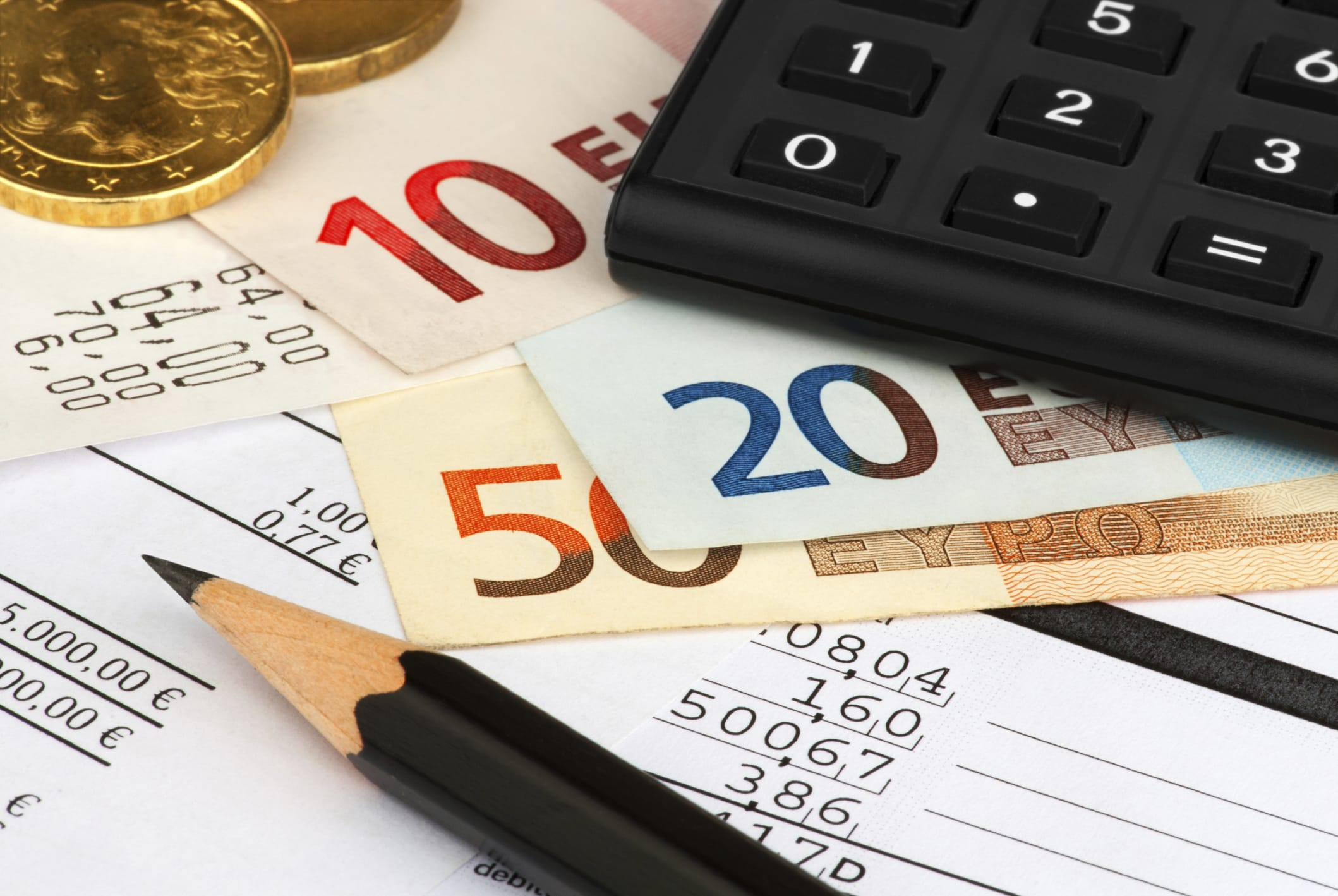 Come risparmiare sui costi del conto corrente: basta scegliere quello online
