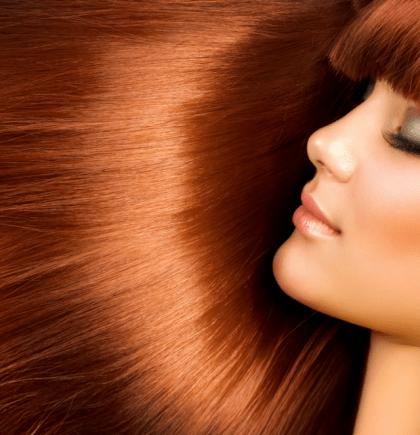 capelli lucenti con l'aceto