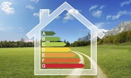 Tutti i vantaggi dell'efficienza energetica per il risparmio e la crescita economica