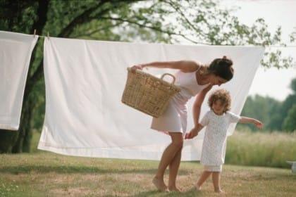 Rimedi naturali per sbiancare il bucato in modo efficace