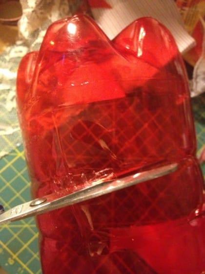 come riciclare in maniera creativa le bottiglie di plastica