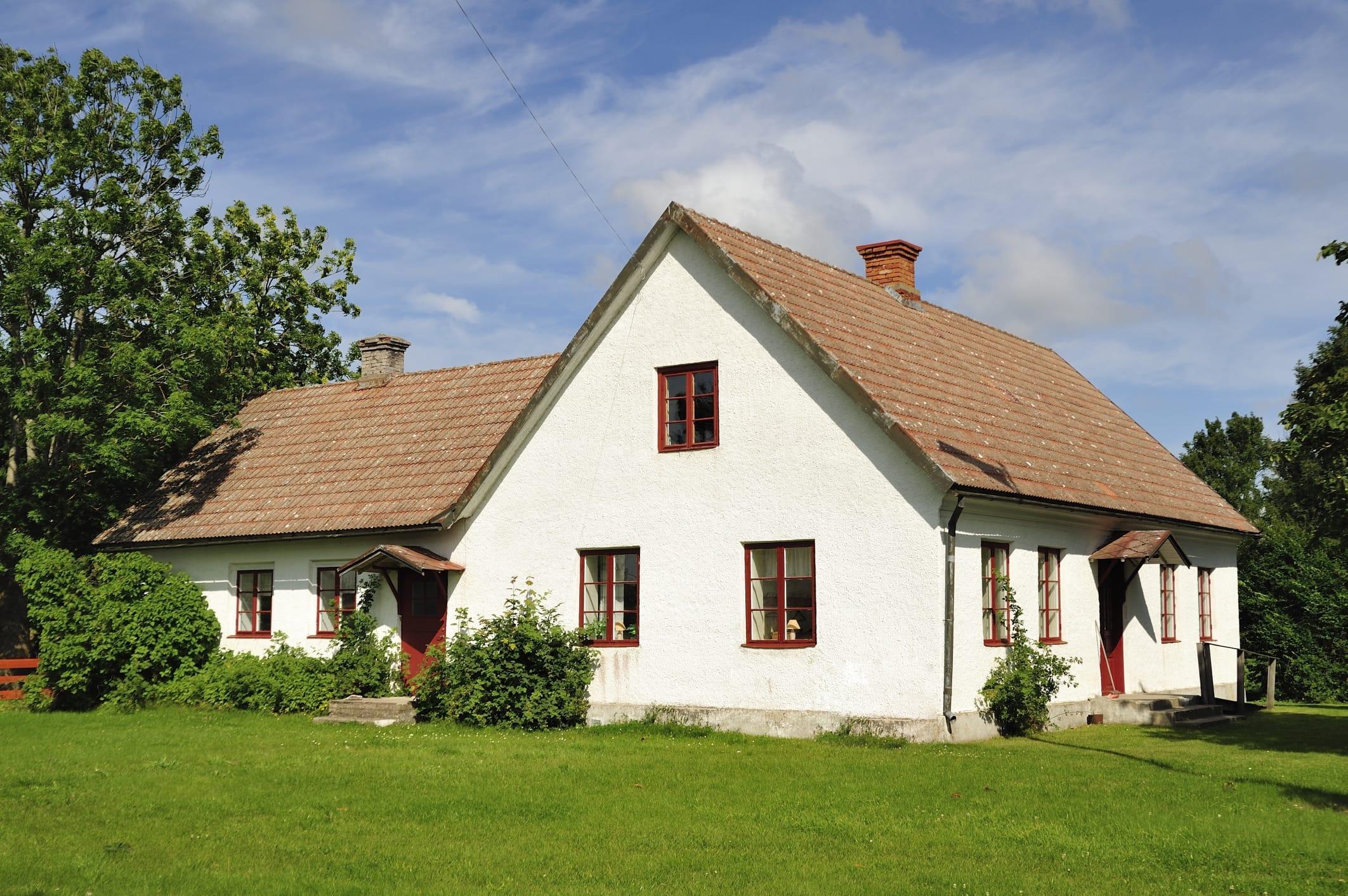 Acquisto casa in campagna scendono i prezzi di terreni e for Prezzi delle case di campagna
