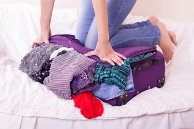 Come non far stropicciare i vestiti in valigia