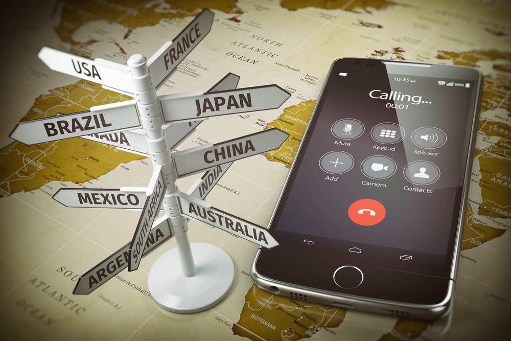 Viaggi all'estero? In Unione Europea usare il cellulare non costa più nulla. Ma attenti alle tariffe oltre soglia e nei paesi non EU