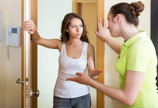 Liti tra vicini di casa non sprecare - Rumori molesti vicini di casa ...