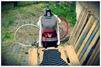 Made in Testaccio: la sartoria romana che riutilizza i tessuti e li trasforma in nuovi capi e accessori