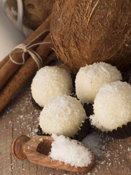 ricetta biscoti al cocco veloci: come si decorano