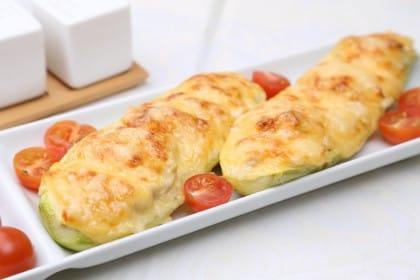 Zucchine ripene vegetariane, la ricetta che unisce il pane secco e la ricotta