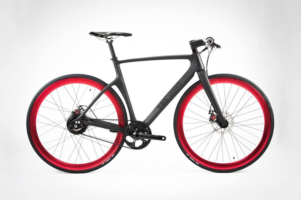 Andare in bici in sicurezza: la smart-bike Valour