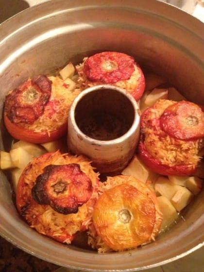 pomodori con il riso preparati con la pentola fornetto
