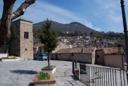 Comuni che non pagano Tasi: il caso di San Lorenzo Bellizzi in Calabria