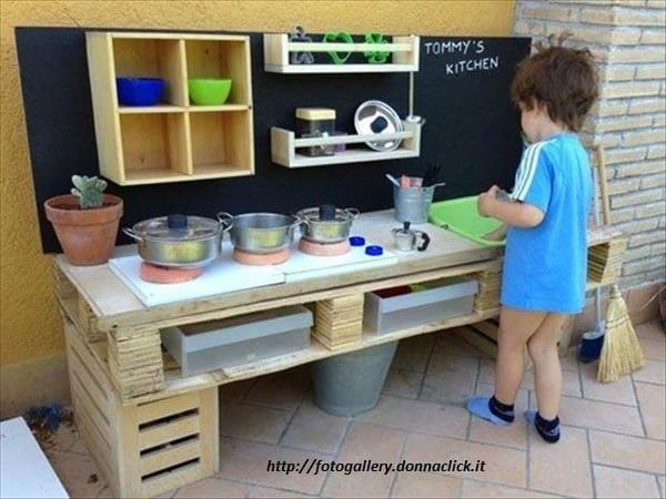 costruire-cucina-in-legno-per-bambini (1)