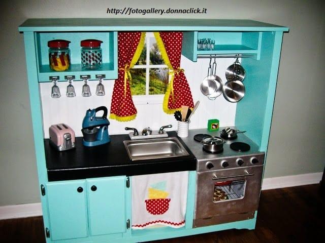 Come costruire una cucina in legno per bambini non sprecare - Costruire mobili in legno ...