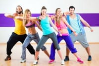 Passione per il ballo, 2 milioni di italiani vanno a scuola. I 10 effetti benefici per tutte le età