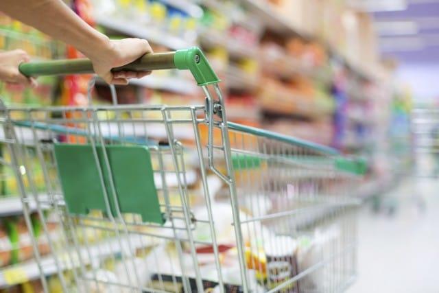 Sainsbury, il supermercato che ricicla gli scarti alimentari e li trasforma in energia elettrica