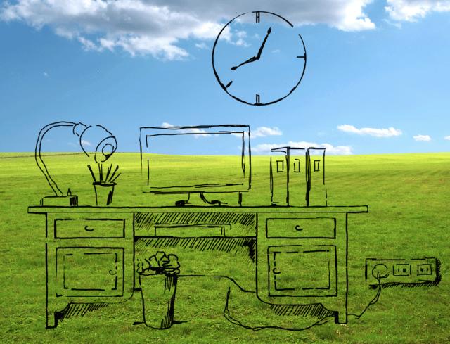 Idee per risparmiare in ufficio, dalla carta all'energia elettrica. E largo alle piante