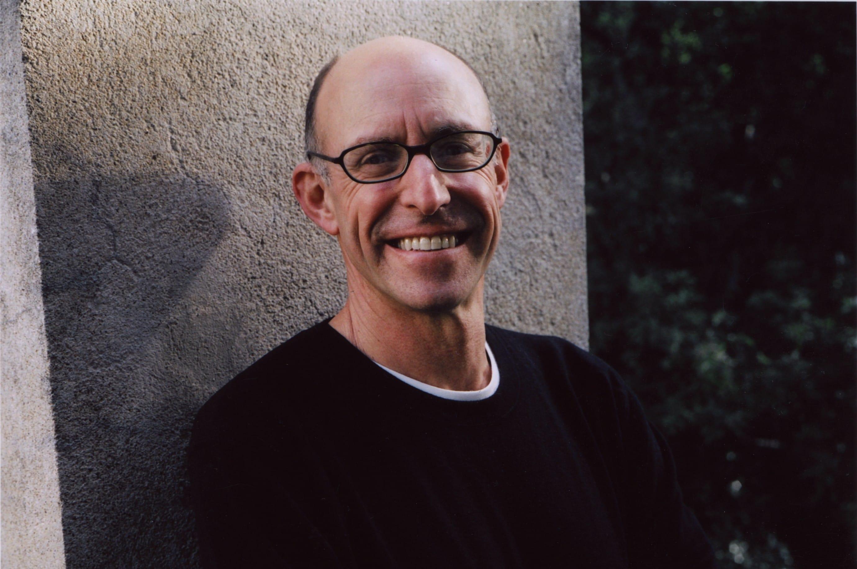 """Michael Pollan: """"Cotto"""" il libro in cui racconta la sua conversione al cibo sano e genuino"""