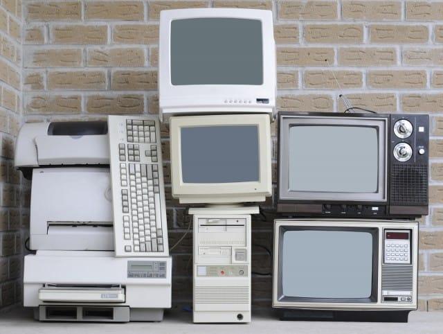 Obsolescenza programmata: adesso una legge la vieta. Due anni di carcere a chi accorcia la vita di un elettrodomestico