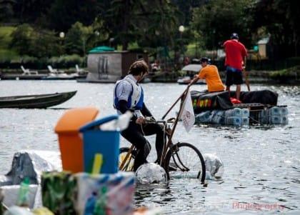 Re Boat Race Roma: la regata delle barche costruite con materiali di riciclo