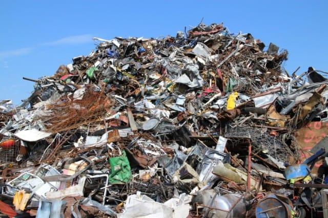 Recupero rifiuti urbani: l'Officina del riciclo di Alessandro Barducci
