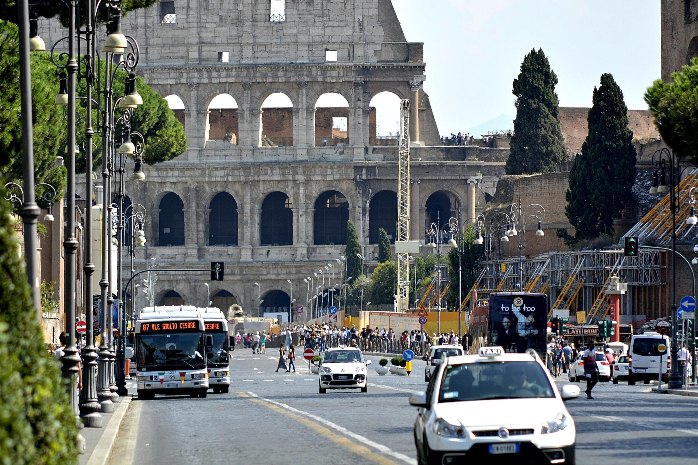 Taxi elettrici Roma: al via la sperimentazione