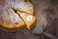 Pane avanzato? Diventa una gustosa torta dolce e salata. Da preparare in casa