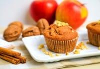 Homemade muffins con mele e cannella