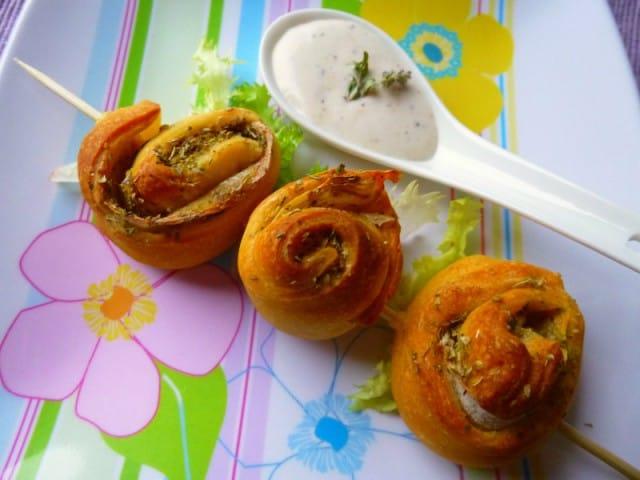 Girelle di bucce di patate con parmigiano: la ricetta della nostra lettrice Mara