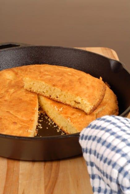 Focaccia cotta in padella: la ricetta facile