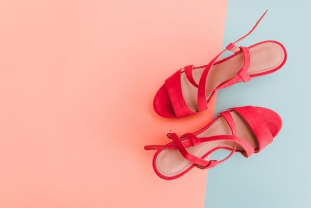 il-cambio-di-stagione-delle-scarpe-consigli-pratici-carta-cartone (3)