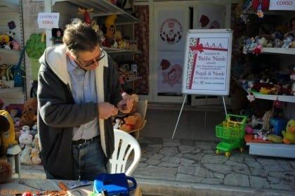 raccolta-giocattoli-usati-beneficenza-progetto-associazione-salvamamme-volontari-roma (1)