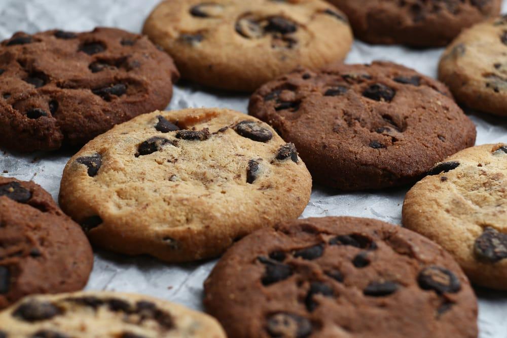 Чоколадо бисквити во тава