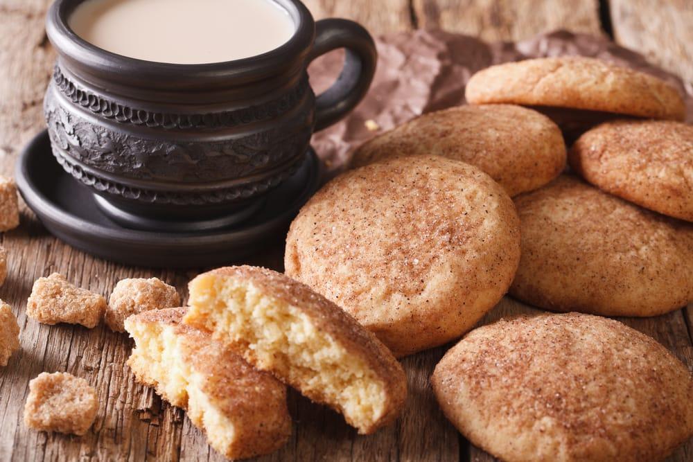 Бисквити во тава цимет