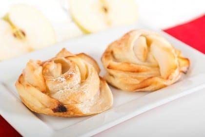 Come preparare le rose di mele di pasta sfoglia