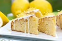 Torta al limone con glassa