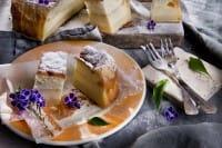 Torta magica: la ricetta fantasiosa e divertente. In forno si divide in tre strati diversi