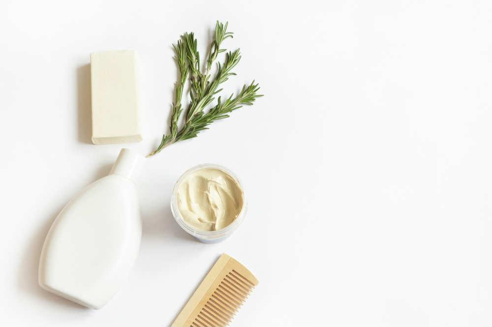 Shampoo e balsamo fai da te: preparazioni e consigli utili per la cura dei capelli