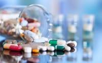 Allarme farmaci fai da te: un italiano su quattro li compra senza consultare il medico