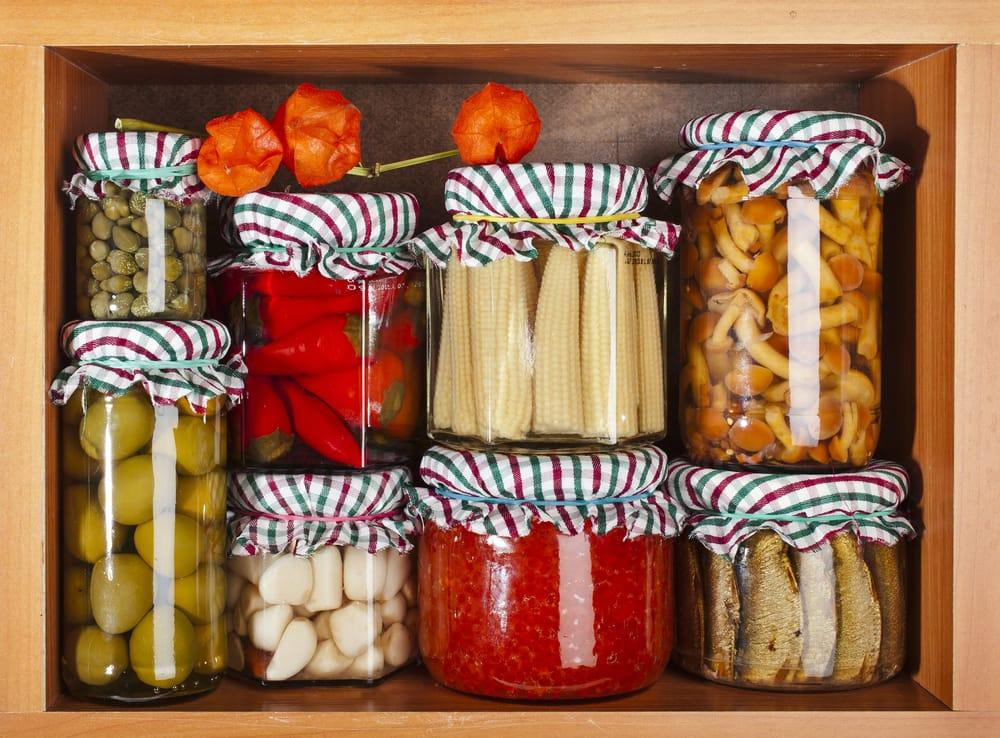Come organizzare la dispensa in cucina non sprecare - Organizzare dispensa della cucina ...