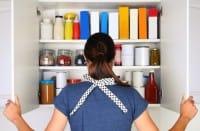 Come organizzare la dispensa in cucina, per evitare sprechi di tempo, soldi e cibo