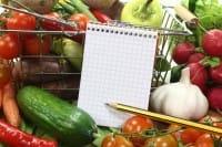 Lista della spesa e cucina degli avanzi: ecco come combattere lo spreco di cibo