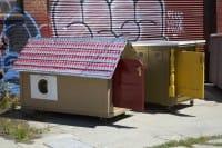 Piccole casette per senzatetto