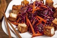 Tofu con radicchio e carote