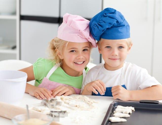 Economia domestica: in Finlandia si insegna a scuola. Anche ai maschi