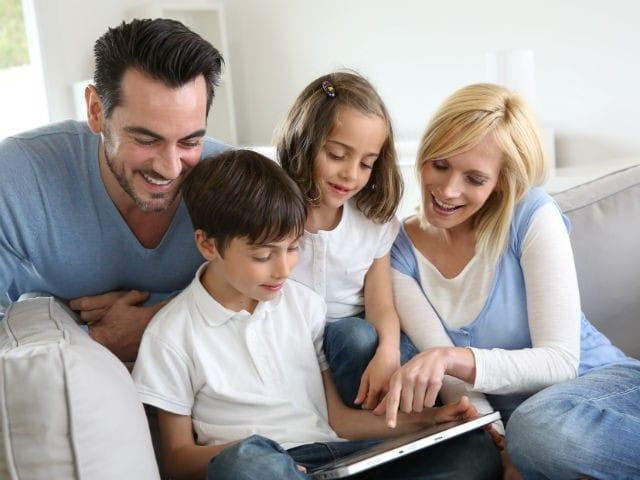 Come educare i figli all'uso corretto di internet e dei social network
