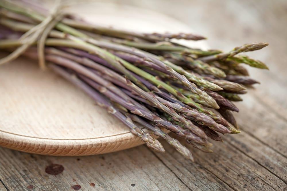 erbe in cucina asparagi selvatici