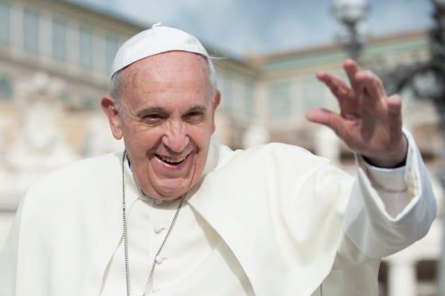 Permesso, grazie, scusa: le tre parole per vivere bene secondo Papa Francesco