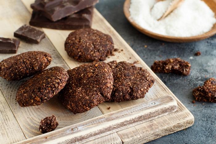 ricetta biscotti vegan al cacao e al cocco