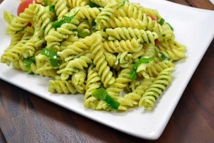 Pesto di spinaci: un piatto a tutta salute che recupera anche gli avanzi